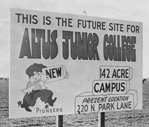 Altus Junior College Sign
